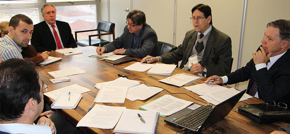 Negociação entre FEHOSUL e Ipe-Saúde avança