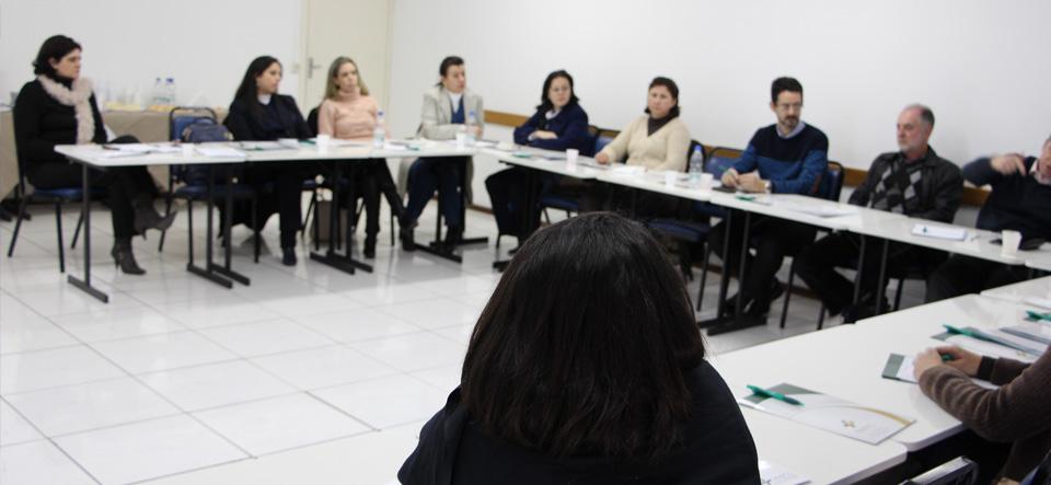 Fórum Fehosul RH analisa a mudança das regras no seguro desemprego e sua influência nos indicadores da área