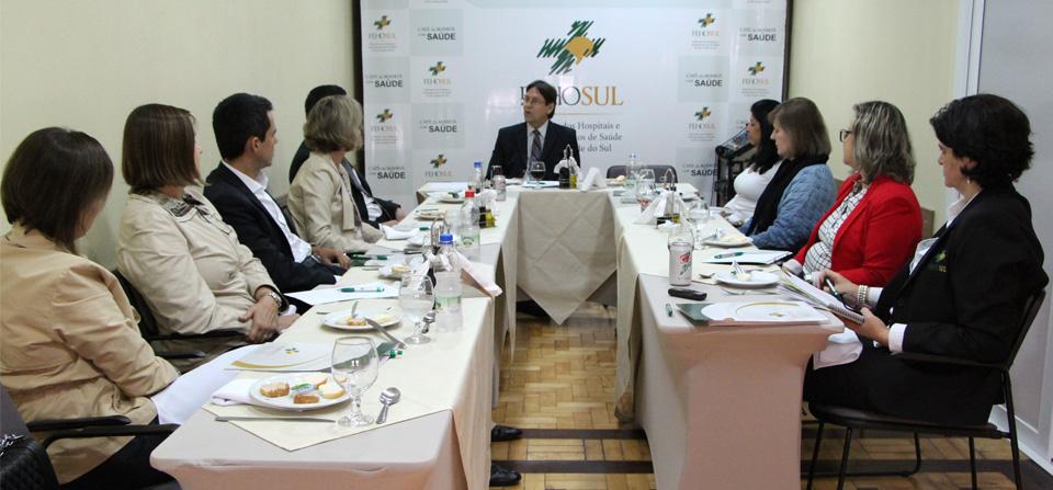 Grupo técnico da Fehosul discute evolução das tratativas com o IPE-Saúde