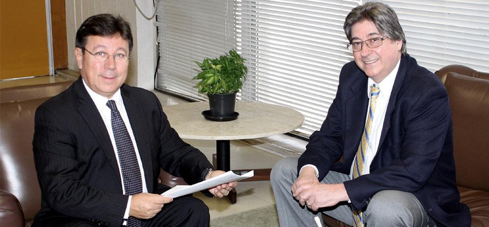 Presidentes da FEHOSUL e do Ipergs discutem andamento das demandas dos prestadores